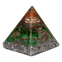 Piramide_Orgonite_Verde.jpg